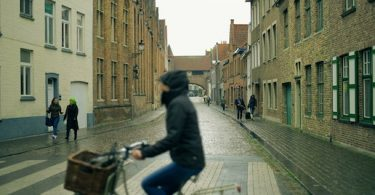 Unrivaled Tips To Stay Warm When Cycling In Cold Weather