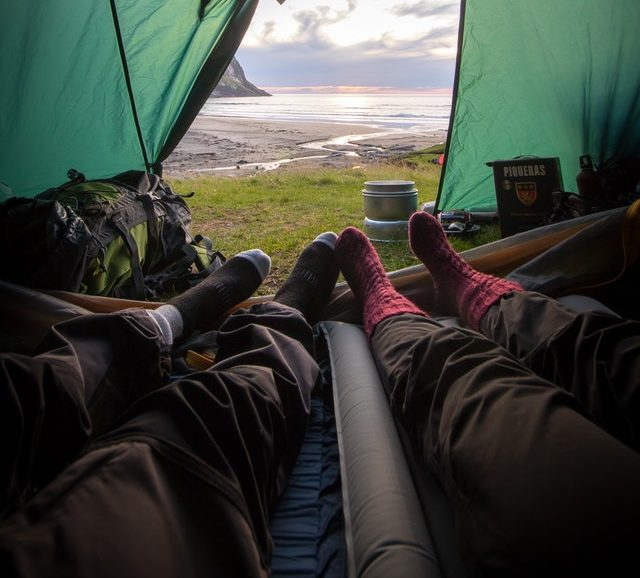 How To Stay Warm Camping In The Cold 1