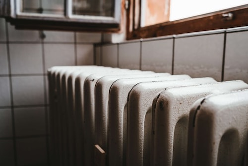 Best Paint for Cast Iron Radiators & Radiator Pipes