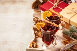 How to Heat Mulled Wine